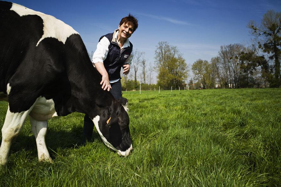Brigitte Brodier-Bisson - EARL Ferme de St Thibault - élevage, fabrication et vente directe de produits laitiers