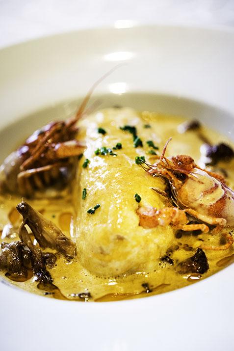 Lyon, restaurant le Vivarais, la quenelle de brochet de Williams Jacquier