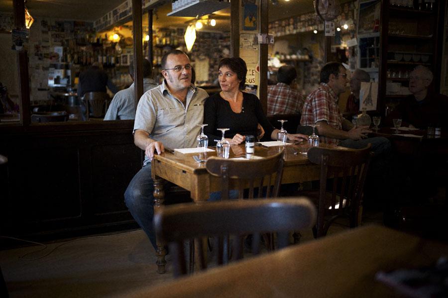 Café des sport : Raphaël dit Rafi et Sophie Gani une fille du pays qui a grandi à Tréminis. Le café branché  et écolo de Mens
